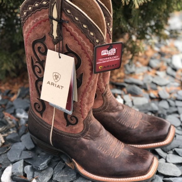 5184ec1b883 Ariat Cowtown Cutter boots new with tags NWT